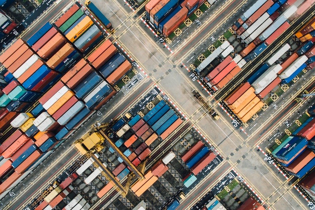 GEOGRAMA - How do GIS benefit logistics and distribution companies?